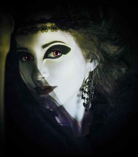 woman-gothic-dark-horror-39628