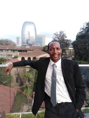 Alexander Nderitu at a publishing summit